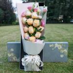 伊人-11朵香槟玫瑰礼盒
