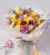 11支香槟玫瑰,5支向日葵,4枝紫色桔梗,4枝多头粉玫瑰,尤加利间插点缀,浅色雾面纸韩式包装,蓝色与粉色丝带搭配拉花,