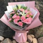 幸福綻放-粉色康乃馨百合混搭花束