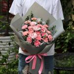 恩情无限-19朵粉康混搭6朵粉玫花束