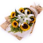 夏日阳光-6朵向日葵+2枝百合礼盒