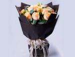 美团-韩式花束19朵香槟玫瑰加桔梗