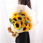 蓝色天空-10朵向日葵