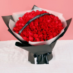 巴黎之夜-99朵红玫瑰