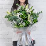 子鼠-生肖鲜花-白百合鲜花花束