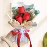3朵紅玫瑰小花束