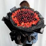 歡樂頌-99顆車厘子+52顆草莓韓式水果花束