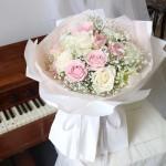 甜蜜物语-19朵玫瑰满天星混搭花束