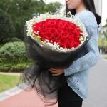 唯爱-33朵红玫瑰花束