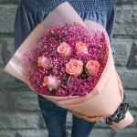 唯愛-6朵粉玫瑰粉色滿天星花束