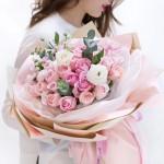 红粉青蛾-29朵粉玫瑰桔梗混搭花束