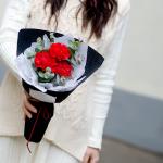 小花束-3朵紅康乃馨小花束(20束起送)